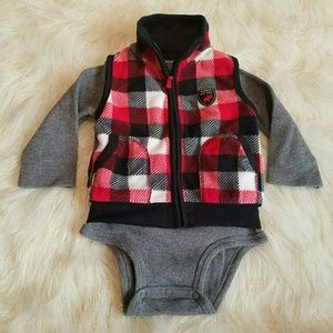 Carter's 12 Month Boys Vest and Bodysuit Outfit